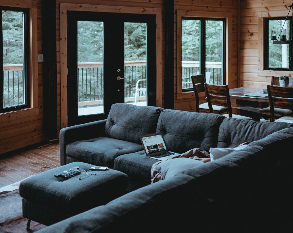 airbnb statistics - apartment